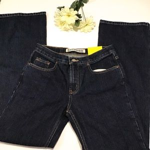 NWT dark rinse low rise flare jeans sz 5/6